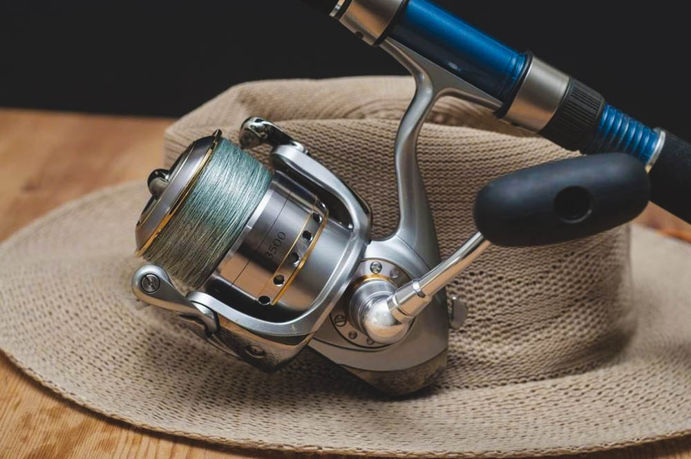 spinning reel spool