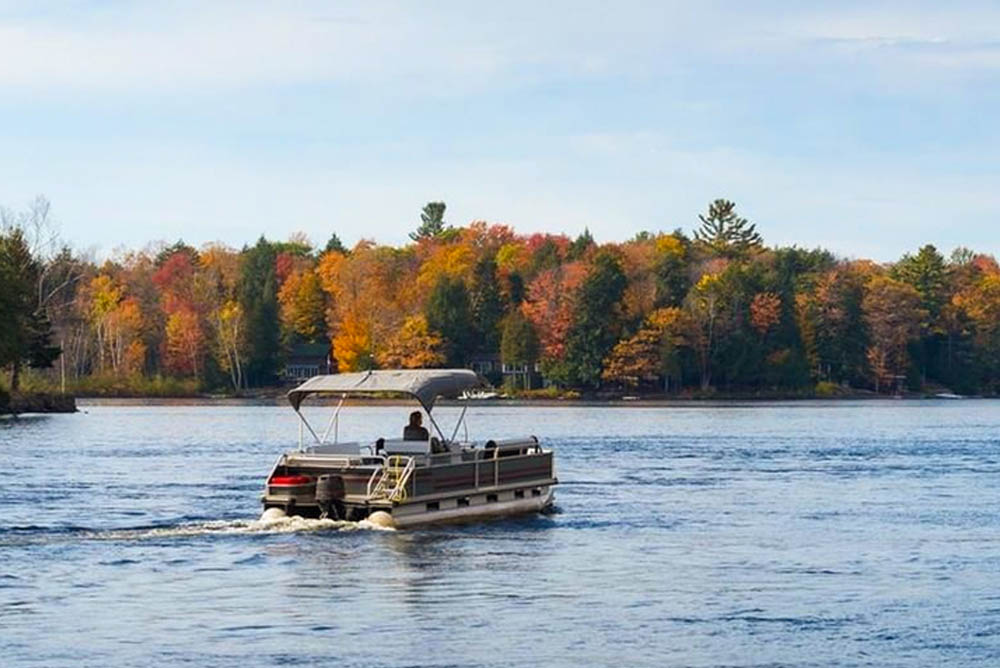 Pontoon Boat Ladder Buying Guide